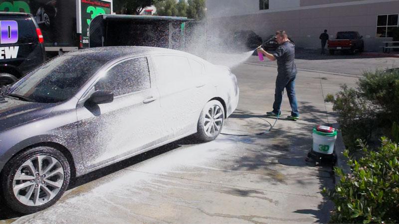 pink-car-soap-foamer-spray.jpg